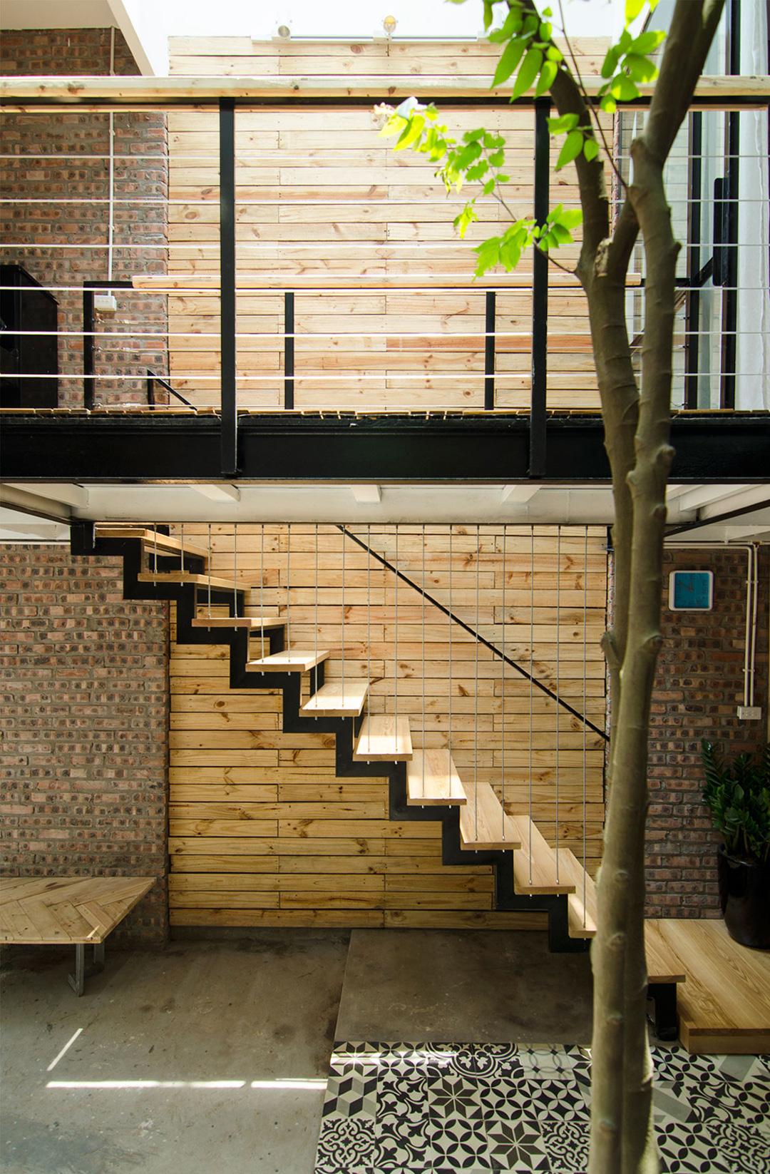 casa-pequena-vietna-casal-arquitetura-um-cafe-pra-dois-06